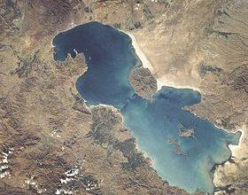 Photo of Urmu gölünün suyu getdikcə azalır