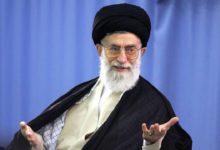 Photo of Журналист, оскорбивший верховного духовного лидера Ирана, приговорен к тюрьме