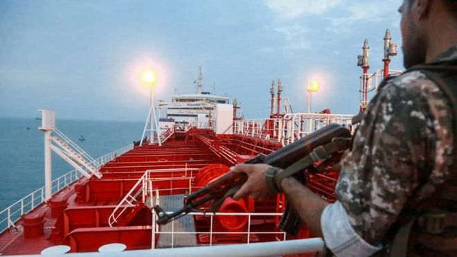 """Photo of Hormozqan Limanlar İdarəsinin rəisi """"Stena İmpero"""" tankerinin sərbəst buraxıldığını təsdiqlədi"""