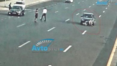 Photo of Страшная смерть: В Баку пожилой мужчина бросился под колеса автомобиля – ВИДЕО