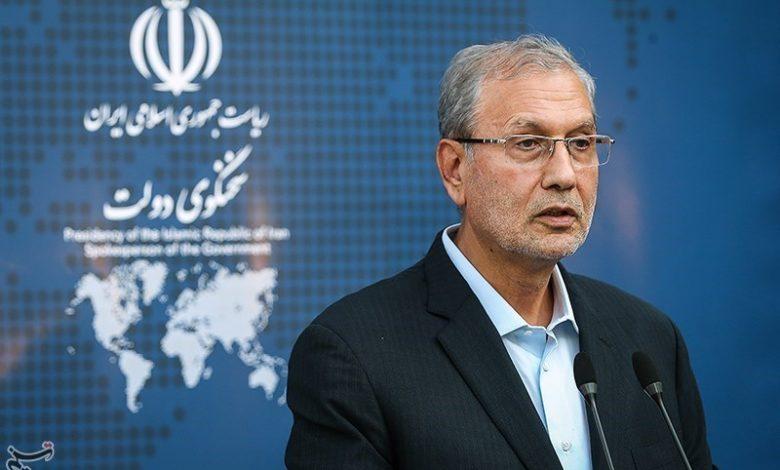 Photo of İran hökümətinin sözcüsü: Dövlət məmurlarının övladlarının neçə faizinin xaricdə olduğu bilinmir