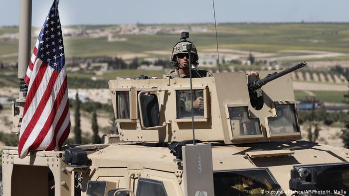 Photo of США усилят военное присутствие вблизи нефтяных месторождений в Сирии
