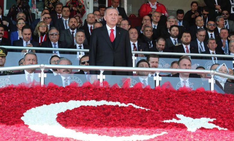 Photo of أردوغان يبعث تعازيه لأسر شهداء الجيش التركي وأسرة رضيع سوري