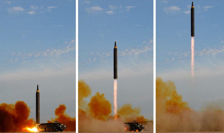 """Photo of Япония сообщила, что КНДР запустила две предполагаемых """"баллистических ракеты"""" в сторону моря"""