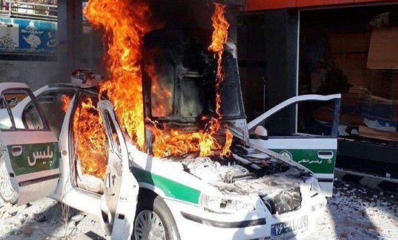 Photo of İranda polis öldürülüb, 100-dən artıq bank, polis məntəqəsi yandırılıb (VİDEO)