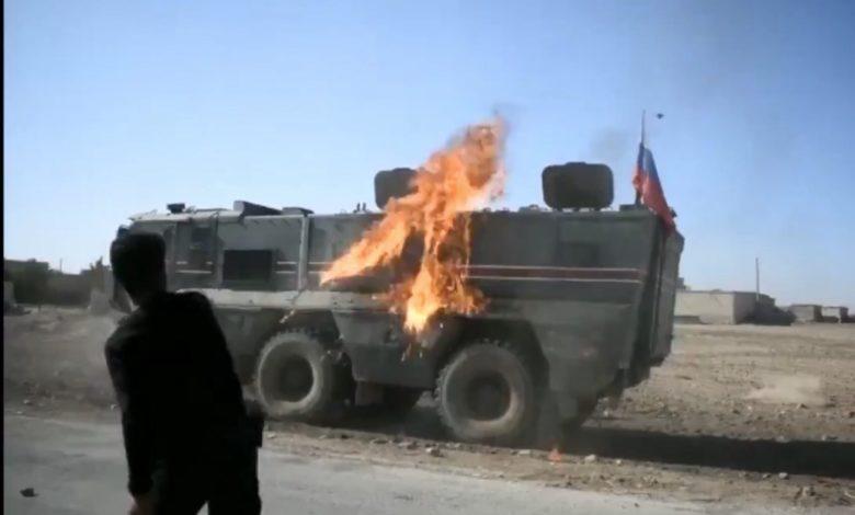 Photo of Suriyada kürdlər Rusiya hərbi texnikasını yandırdılar – VİDEO