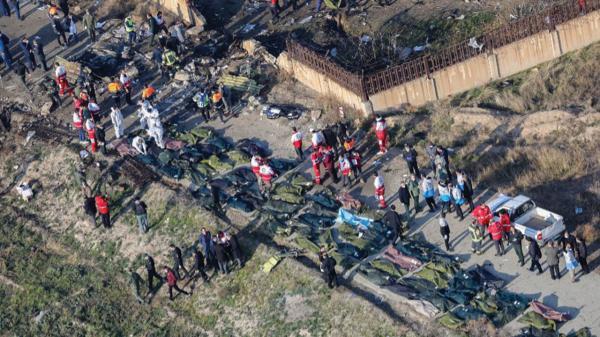 Photo of زيلينسكي: لدينا تسجيل هام يثبت معرفة طهران بسبب كارثة طائرتنا فور تحطمها
