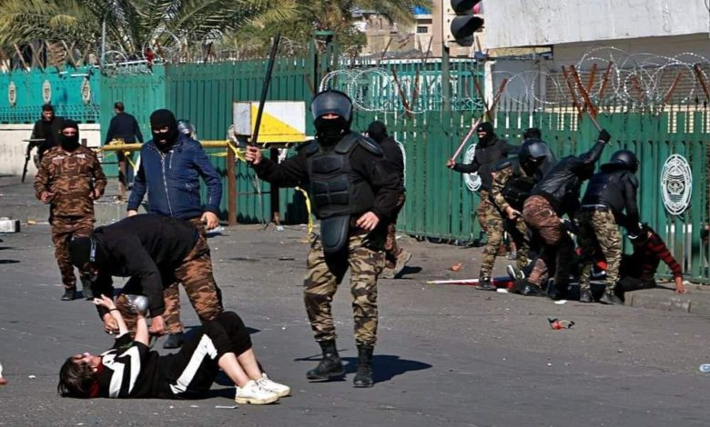 Photo of سفراء 16 دولة تدين قمع المتظاهرين في العراق