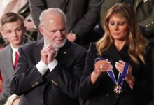 Photo of ترامپ مدال آزادی آمریکا را به مجری رادیو داد