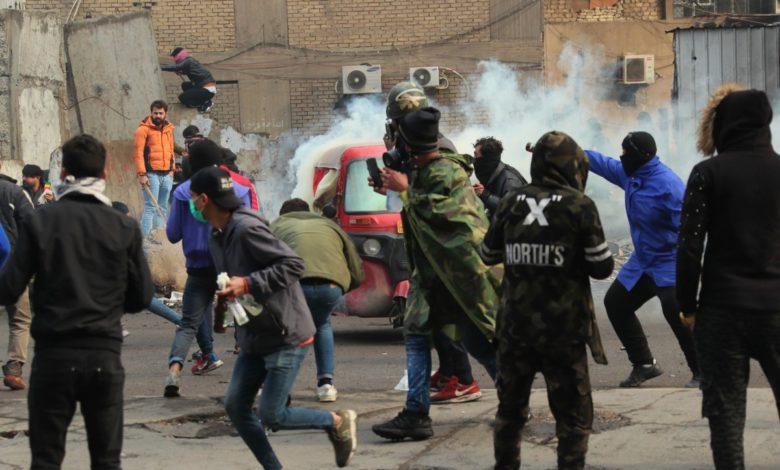 Photo of تداوم اعتراضات مردمی در عراق و کشته شدن ٨ تن از معترضان در شهر نجف