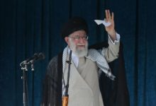 Photo of خامنهای: هر کس به ایران و امنیت آن علاقهمند است باید در انتخابات شرکت کند