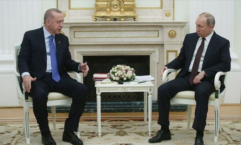 Photo of Turkish, Russian leaders discuss Idlib cease-fire