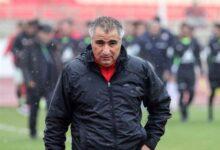 Photo of Пресс секретарь футбольного клуба Трактор опроверг слухи о том, что тренер покидает клуб