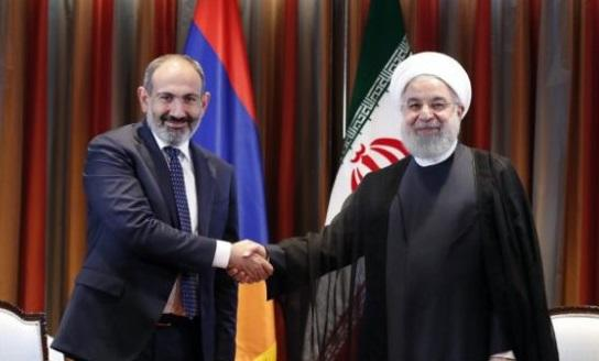 Photo of Pashinyan made a phone call with Rouhani after Putin