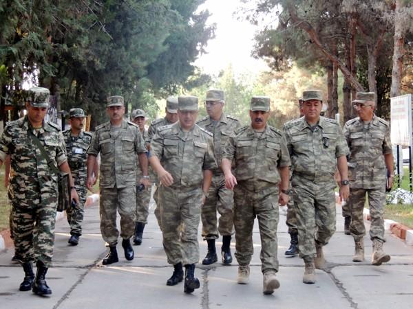 Photo of ذاکر حسناف، وزیر دفاع آذربایجان از آزادسازی ۷ روستا در قرهباغ اشغالی خبر داد