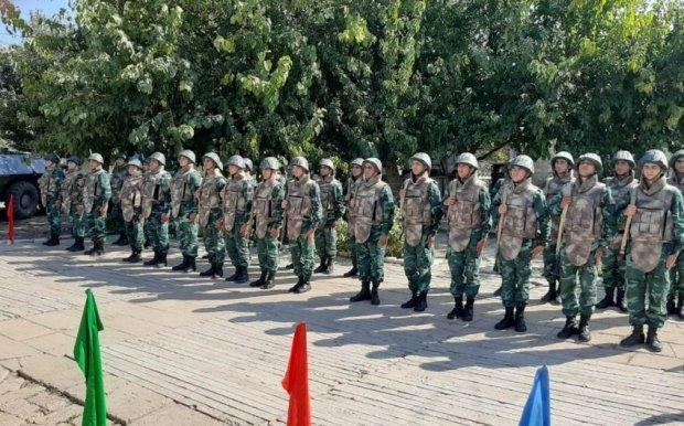 Photo of پرچم آذربایجان در پستهای مرزی آزاد شده چاخیرلی و محمودلو به اهتزاز درآمد