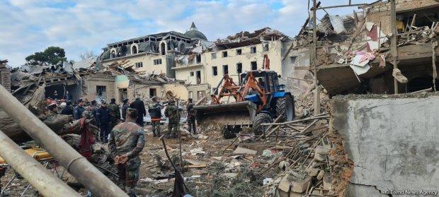 Photo of حمله موشکی ارمنستان به گنجه؛ ۷ نفر شهید و دستکم ۳۳ نفر به شدت مجروح شدند