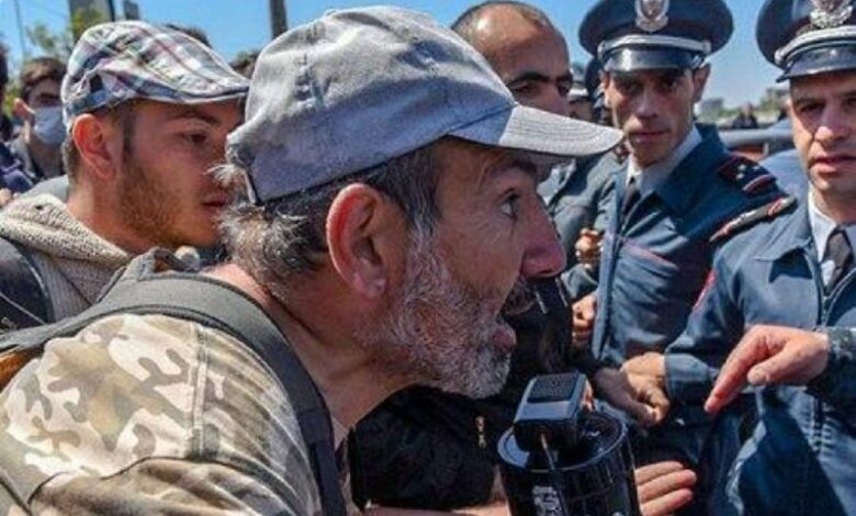 Photo of Pashinyan gives ranks and honorary titles to defeated officers – the number of generals without an army is growing